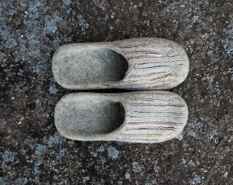 Natural wool felt slippers Mens womens slippers Gray Sand Slippers slide-on handmade Home shoes
