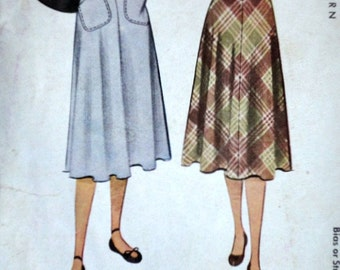 Vintage 40's McCall 6978 Sewing Pattern, Misses' Skirt, 24 Waist