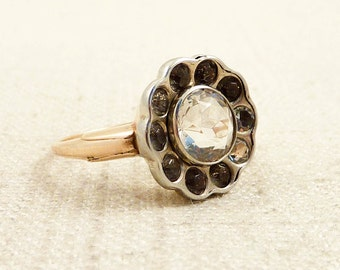 Size 7.5 Antique White Gold Fronted 10K Gold Ring with White Paste