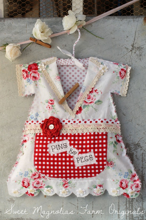 Free Crochet Pattern For Clothespin Bag : Items similar to Clothespin Bag Vintage Style Dress ...