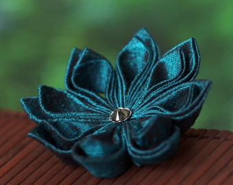 Teal flower brooch, blue silk pin, tsumami kanzashi, floral, botanical, Japanese, Asian, Oriental, wedding, UK, handmade