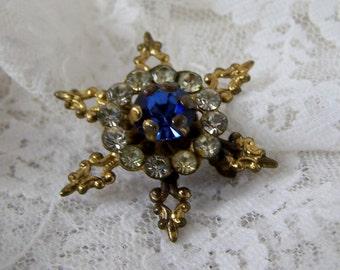 Vintage Circle Star Flower Pin, Deep Blue Rhinestone, Silver Tone Brooch, Something Blue, Estate Costume Wedding Bridal Jewelry
