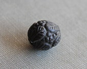 Victorian Mourning Bead / Figural Berry Bead / Antique Jewelry Supplies Pressed Horn Bog Oak