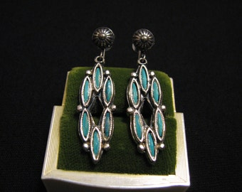Vintage Southwestern Silver Tone and Faux Blue Turquoise Petit Point Needlepoint Dangle Screwback Earrings