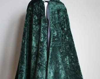 Green hooded cape