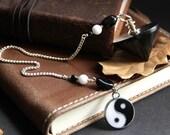 Yin Yang Pendulum. Black Pendulum. Tourmaline Gemstone Pendulum. Divination Tool. Taijitu Pendulum. Spirituality Tool. New Age Dowsing.