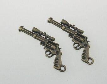 5 pcs Zinc Antique Brass Handguns Pistol Revolver with Gun Optics Charms Decorations Findings 22x45 mm. Gun Br 2245 3 CHM SP