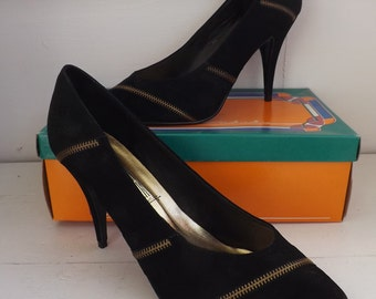 Black Zipper Heels Vintage Shoes 10 B Rush Hour Zippers Man Made