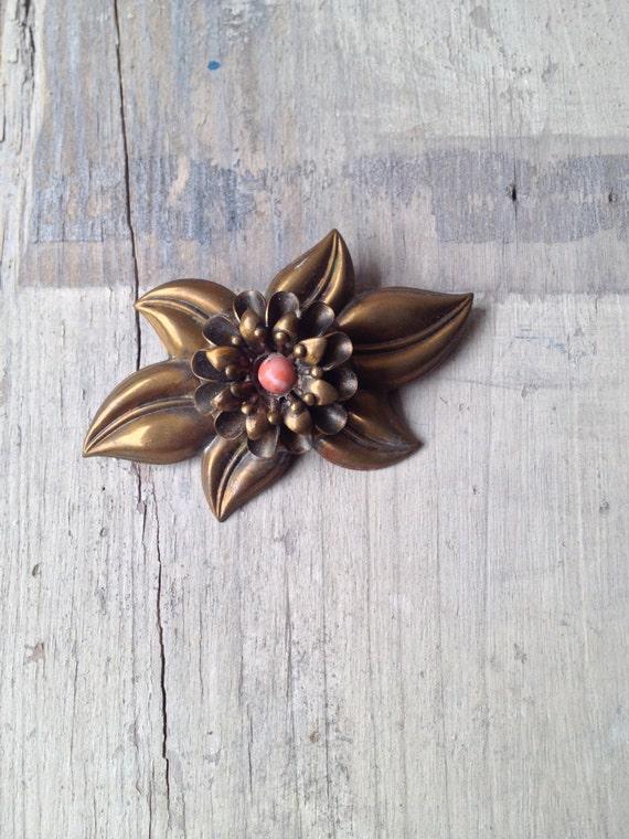 1900s Brass Flower Brooch