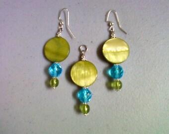 Lime Green and Aqua Shell & Glass Pendant and Earrings (0179)