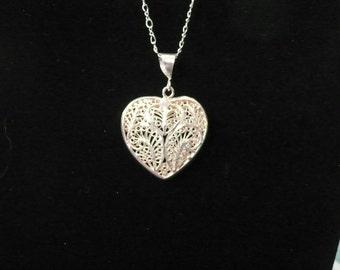 Vintage 925 filigree pendant and 18 inch GF chain