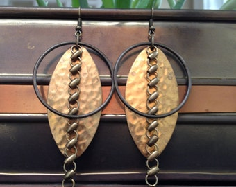 Large hammered textured braw brass oval with antiqued brass circle and circle brass chain dangle earrings