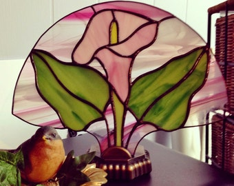 Stained Glass Pink Calla Lily Fan Lamp with Base