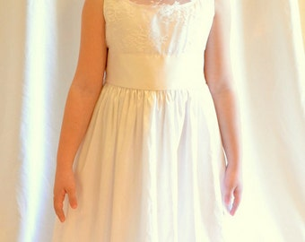 size 7 Silk and Lace Flower Girl Dress / First Communion Dress - Ankle Length MB10034