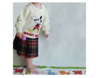 Mickey Mouse Sweater Child's Size 5-6 Vintage 1970s 1980s