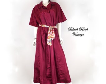 Cranberry Dressing Gown Vintage 1940s - 1950s, Plus Size XL to XXL 50 Inch Chest 46 Inch Waist