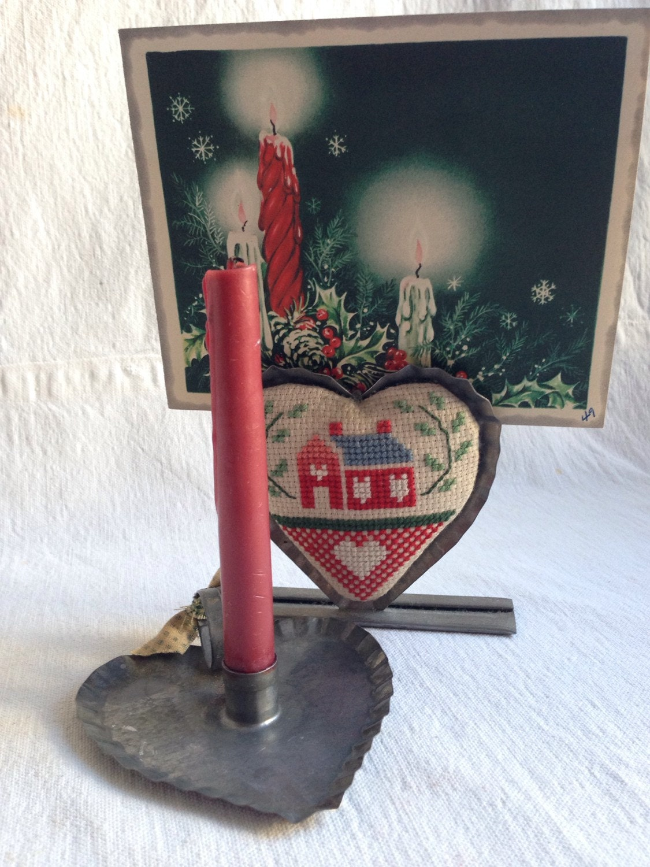 Vintage pair of tin christmas decor heart tin by yosalvovendo for Decorating tins for christmas