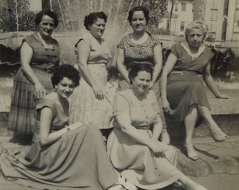 Vintage Photo - Women Sat by a Fountain