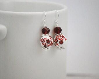 Red Ceramic Earrings, Red Floral Earrings, Red Flower Earrings, Floral Earrings, Red Drop Earrings, Red and White, Ceramic Earrings