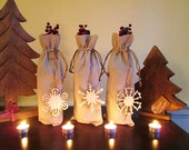 2 Linen Wine Bags with Wooden Snowflake Tags- Christmas Decoration, Christmas Gift Wrap, Christmas Hostess Gift, Holiday Decoration