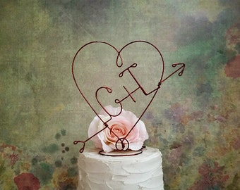 Rustic Wedding HEART and ARROW Cake Topper, Rustic Monogram Cake Topper, Rustic Wedding Decoration, Wedding Centerpiece, Rustic Centerpiece