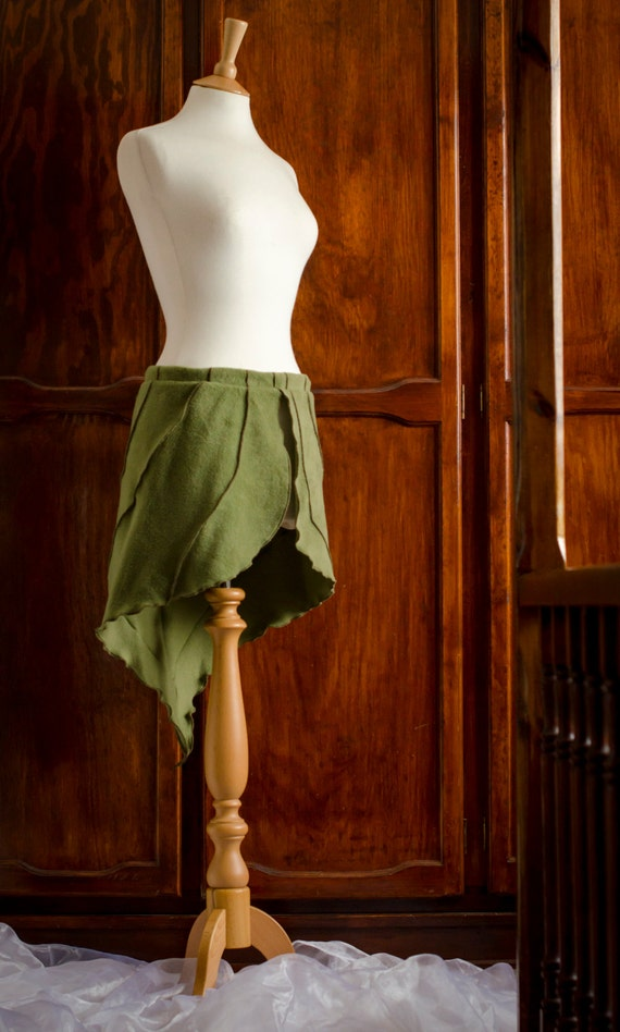 Tzoska Skirt ~ One Off Design ~ Unique ~ One Of A Kind  ~ Fleece ~ Winter Clothing ~ Green Leaf Skirt ~