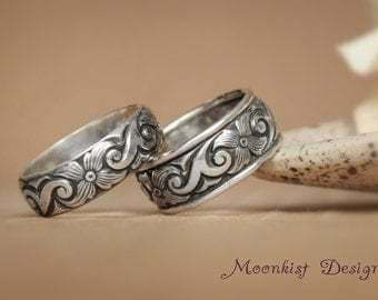 Narrow and Wide Scroll and Starburst Flower Silver Her and Her Wedding Band Set - Silver Scroll Pattern Bands - Anniversary Wedding Band Set