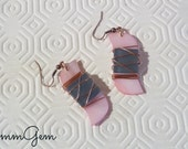 Birds earrings, pink, gray, mother of pearl, shell, glass, tangled, wire, boho, bohemian, unusual, rustic, tribe, native, unique, copper