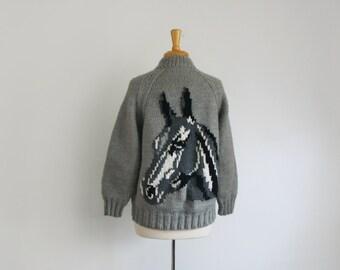 1950s 1960s Cowichan horse motif zip up Sweater size  large