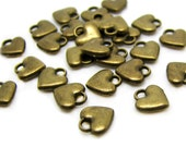 Charms : 25 Antique Bronze Small Heart Charms / Brass Ox Tiny Heart Pendants ... 7x7mm -- Lead, Nickel & Cadmium Free 70218.J5A