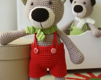PATTERN - Theodor the teddy bear - crochet pattern, amigurumi pattern, PDF