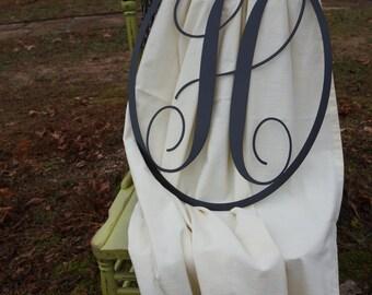 Single Monogram in Oval