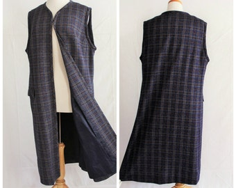 Long 1970s plaid maxi vest / sleeveless boho hippie retro ladies fashion / blue & black flap front pockets / hipster groovy style