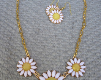 Dancing Daisies Around the Neck with Matching Earrings
