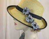 Very versatile toyo summer hat with detachable ribbon flowers