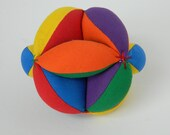 Montessori Preschool Toy Ball, Clutch Ball, Sensory Infant Toy, Toddler Learning Toy, Baby Grab Ball, Learn to Throw, Bright Primary Colors