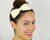 Ivory Hair Bow Headband stretchy Headband Ivory Bow Headband Dolly Bow Big Hair Bow Women Headband Ivory headband Off white Grosgrain Ribbon