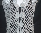 Floral Sleeveless Shrug in Gray with Silver Metallic