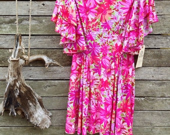 1970's 'Windsmoor Made in England' Pretty Pink Floral Mini Dress with Beautiful Tiered Short Bell Sleeves and a Flattering Waistband