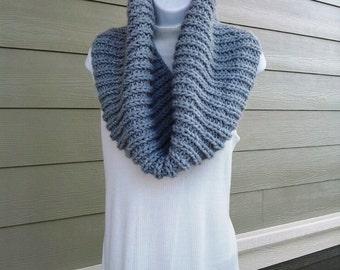 Beginner Knitting Pattern Infinity Scarf : Super Cozy Infinity Scarf PDF KNITTING PATTERN beginner