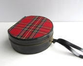 Vintage Red black Plaid Toiletry Carry On Bag Luggage