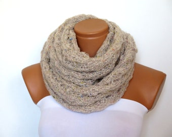 Knit scarf, infinity scarf, ice oatmeal chunky Cowl scarf, winter accessories, oatmeal circle scarf, cowl scarf, chunky scarves