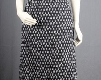 Black skirt white skirt arrow head print arrowhead Vintage skirt Women size M medium