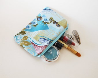 Adorable Zippered Pouch - Japanese Coin Purse - Tiny Makeup Bag - Coupon Holder - Asian Fabric - Small Zipper Purse - Cosmetic Handbag