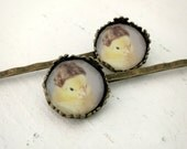 Bobby Pin Set Chicken Wearing a Miniature Wig Hair Pins Chicks in Hats (2)
