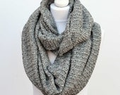 Grey blanket scarf, gift for her, girlfriend gift, infinity scarf, cowl scarf, chunky scarf, womens scarves, oversized scarf