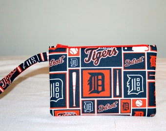 Detroit Tigers Wristlet  Bag, Cell Phone Bag, Small Padded Tech Bag