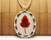 Pressed Flower Jewelry Real Maple Fall Leaf Victorian Style Pendant Necklace Botanical Resin Jewelry