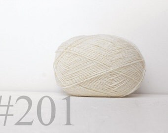 WOOL yarn 100%-knitting yarn - natural white #201