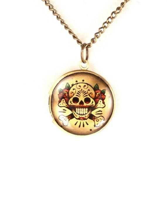 tattoo style skull locket small circle skull antique brass. Black Bedroom Furniture Sets. Home Design Ideas